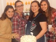 Camila, Flávia, Karin e Verônica, as meninas responsáveis por tudo isso. Obrigada, amo Vocês <3